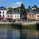 Port of St Goustan  - Brittany, France by Buckwhite