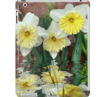 Daffodil Reflections iPad Case/Skin