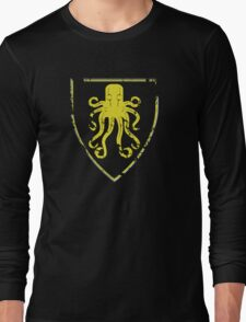 Greyjoy Classic Castle (distressed) Long Sleeve T-Shirt
