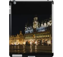 Brussels - the Magnificent Grand Place at Night iPad Case/Skin