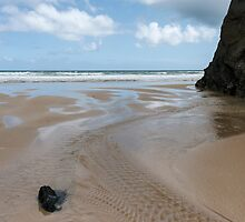 Ripples at Bedruthan,Cornwall by Laura Davey