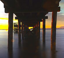 Crescent Beach by zihniophoto