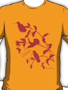 red long-billed starthroat T-Shirt