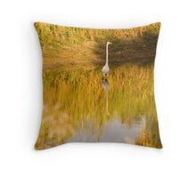 Reflection of a Great White Egret at Greenfields Wetlands Throw Pillow