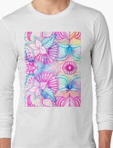 Bright psychedelic pink blue floral doodle pattern Long Sleeve T-Shirt