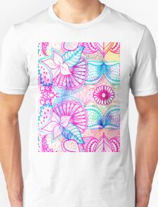 Bright psychedelic pink blue floral doodle pattern T-Shirt
