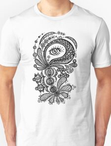 Eye in the shell 02 T-Shirt