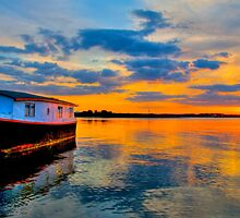 Houseboat Sunset by Mabs