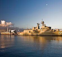 HMAS Ballarat by Lisa  Kenny