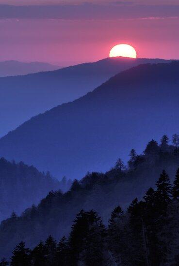 Mountain Sunset by PaulWilkinson