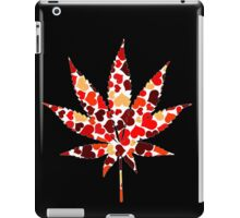 Love and Weed - Love and Pot - Weed leaf with hearts! :D Pouch iPad Case/Skin