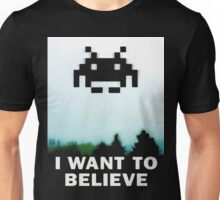 Believe in the Invaders. Unisex T-Shirt