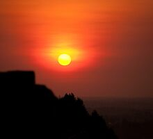Sunset at Angor Wat by fab2can