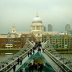 Millenium bridge of London by JamesRoberts