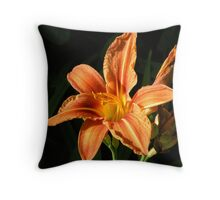 Single day lily Throw Pillow