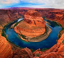 Horseshoe Bend, Arizona by Daniel  Chui