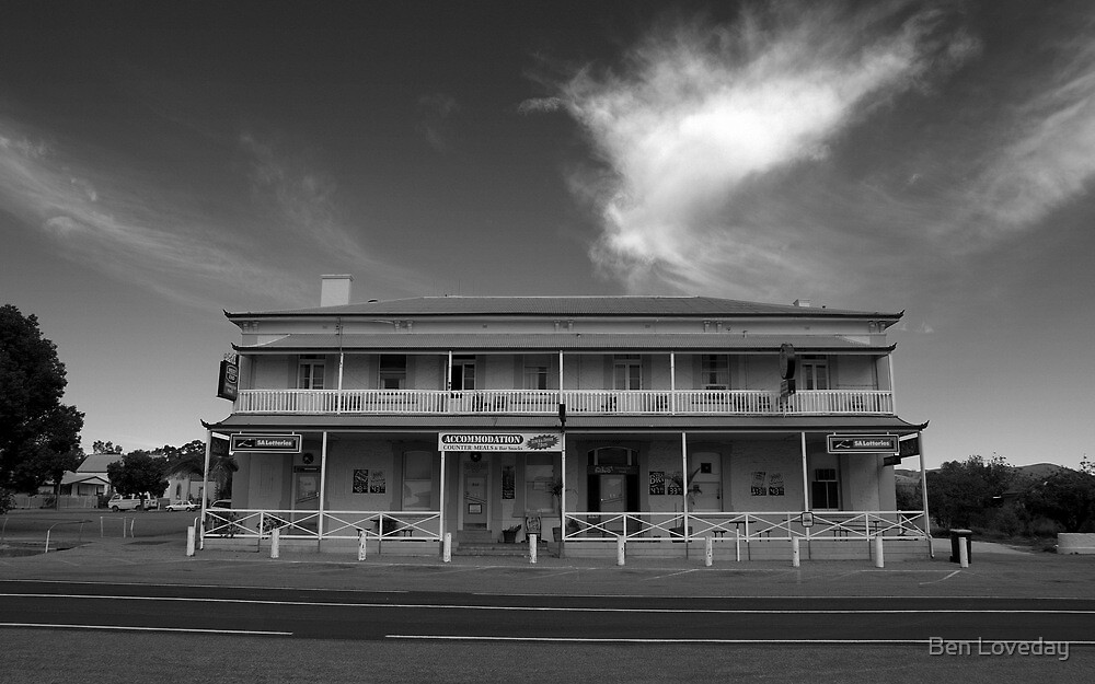 The Good 'ol Wilmo Hotel by Ben Loveday
