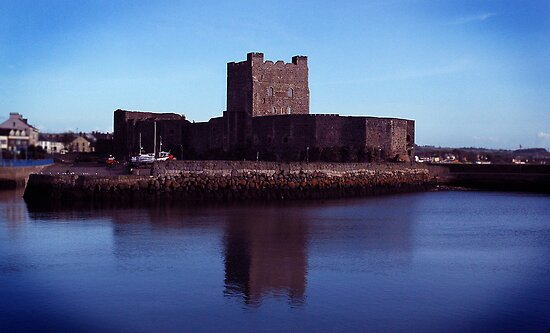 carrick castle by maxi