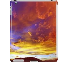 Moonson 5 iPad Case/Skin