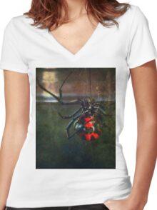 ©NS Latrodectus mactans-Viuda Negra IA. Women's Fitted V-Neck T-Shirt