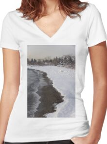 Snowy Winter Beach Patterns - Lake Ontario, Toronto, Canada Women's Fitted V-Neck T-Shirt