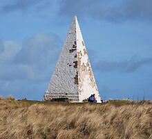 White Pyramid at Emanuel Head by Lindamell
