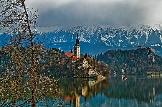 Island. Lake Bled. Slovenia by vadim19