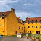 Culross Palace by Tom Gomez