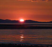 Rhyl Coastal Sunset, a bit later!! by artfulvistas