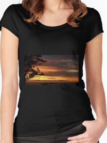 SUNRISE OVER THE ROOFTOPS Women's Fitted Scoop T-Shirt