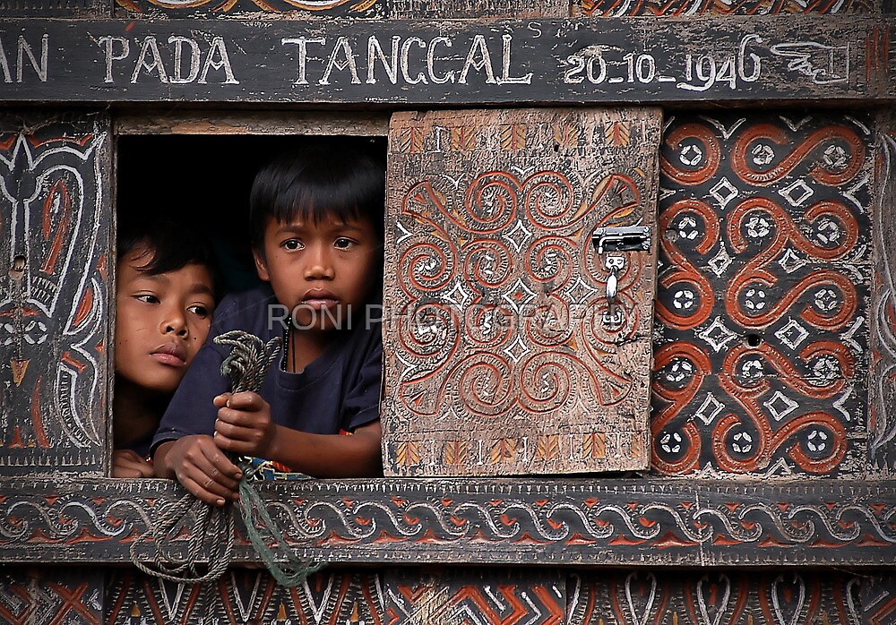 two young faces and the old window by RONI PHOTOGRAPHY