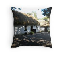 Thatch Roof Cottage - Bunratty, Ireland Throw Pillow