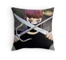 Mortal Kombat - Mileena Throw Pillow