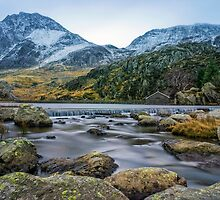 Tryfan  by Ian Mitchell