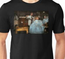 Barber - Portable music player 1921 Unisex T-Shirt