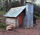 Tomahawk Hut by Donovan Wilson
