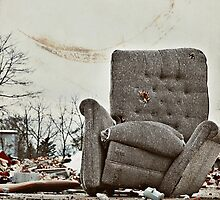 Abandoned Comfort by lisabella