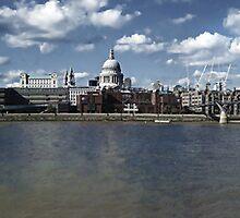 London Panorama by chibiemSu