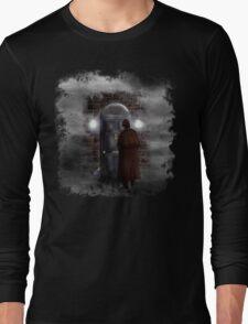 Haunted house Baker street 221b Long Sleeve T-Shirt