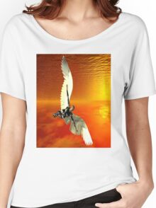 FLYING TO THE SUN Women's Relaxed Fit T-Shirt