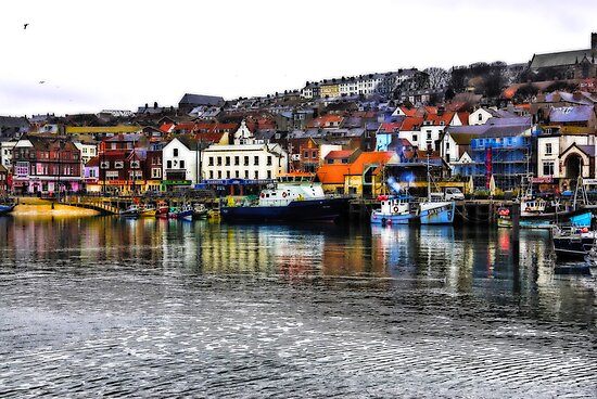 Scarborough Harbour #2 by Trevor Kersley