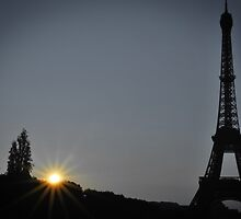 Eiffel Tower at sunset by Laura Sanders