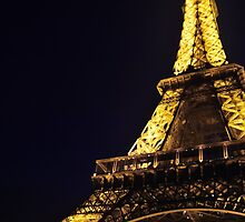 Eiffel Tower in Paris by night by Laura Sanders