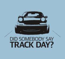 Did somebody say track day? Mazda Miata (mx-5) NA by ApexFibers