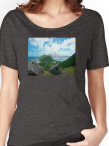 DIVIDER - ST KITTS BETWEEN THE ATLANTIC AND THE CARIBBEAN  Women's Relaxed Fit T-Shirt