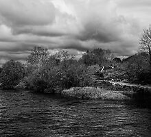 The River Barrow at Baile na Greine lock, County Carlow, Ireland. by Andrew Jones
