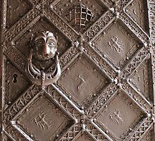 Castle door by Java06