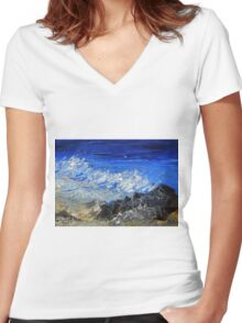 The rhythm of the ocean Women's Fitted V-Neck T-Shirt