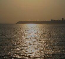 warm eve - marine lines,mumbai by saudamini9