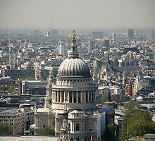 st Pauls London by Janis Read-Walters